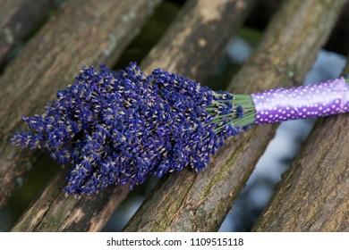 beautiful levander boquet