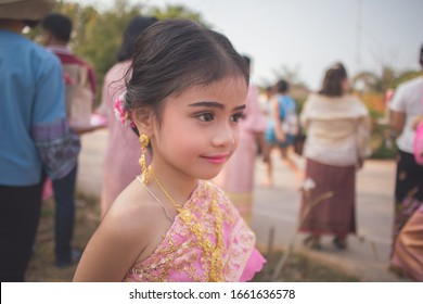 Beautiful  little girl in traditional thai dress