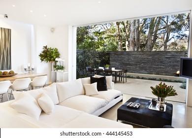 Schöne Stockbilder der Wohnraumarchitektur