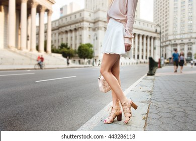 2e79f641c woman walking Images