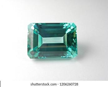 beautiful loose gemstone good cutting for design fashion jewellery
