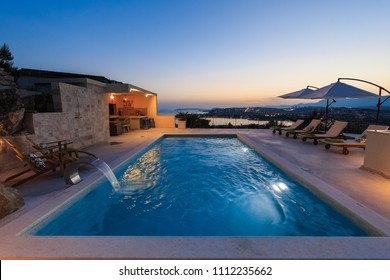 Beautiful Luxury Home with Swimming Pool and Seaview, Croatia