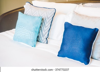 Beautiful luxury pillow on bed decoration in bedroom interior - Light Vintage Filter