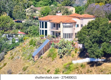 Beautiful mansion on the slope of Topanga Canyon, California.