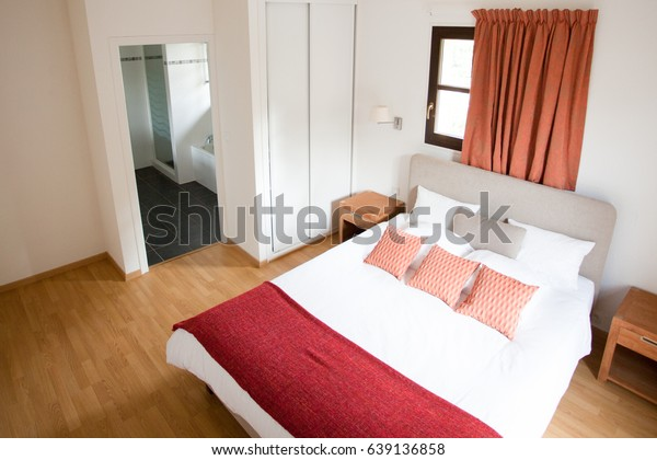 Beautiful Master Bedroom Ensuite Bathroom Stock Photo (Edit ...