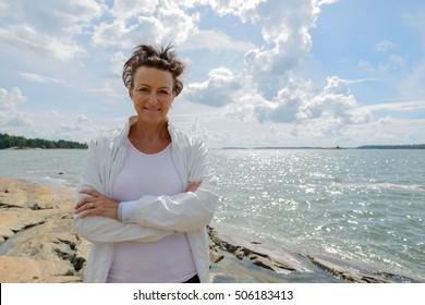 Mature woman pisin