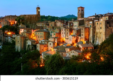 Beautiful medieval town in Tuscany, Sorano-(Grosseto, Tuscany, Italy)