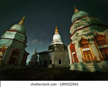 The beautiful Milky Way and pagoda