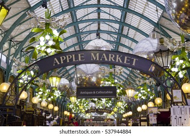 Beautiful Mistletoe decoration at Covent Garden - LONDON / ENGLAND - DECEMBER 10, 2016