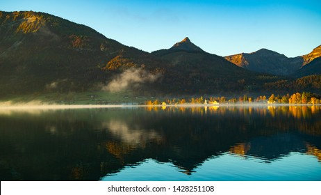 Beautiful morning in the autumn at the wolfgangsee lake, St. Wolfgang im Salzkammergut, Austria