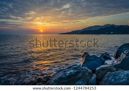 beautiful-morning-scene-sidab-beach-450w