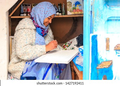 Looking marriage girl moroccan for Moroccan Women: