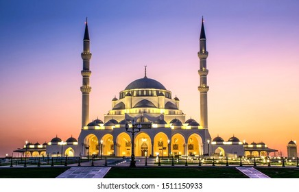 Beautiful Mosque in Sharjah Largest mosque in Dubai beautiful traditional Islamic architecture, Arabic Letter means: Indeed, prayer has been decreed upon the believers a decree of specified times