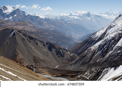Beautiful mountain landspace on Annapurna circuit, Nepal