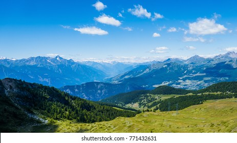 Beautiful mountainscape scenery and blue sky