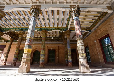 Beautiful muqarnas-carved wooden columns at the mosque beside the 17th century Tomb of Abakh Khoja or Xiangfei in Kashgar, China