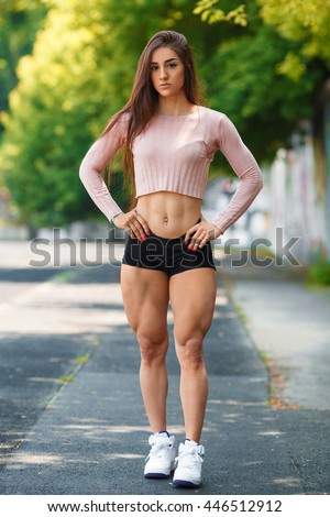 Sexy female muscle girls