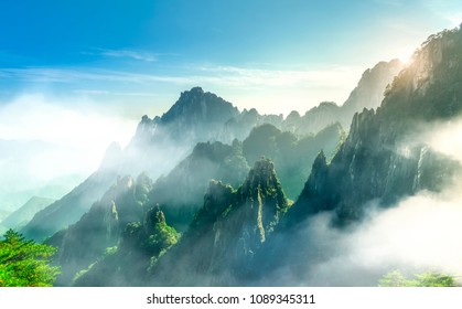 The beautiful natural scenery of Mount Huangshan