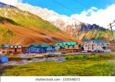 Beautiful Natural Scenery, Sunmarg J&K India, Mountains View