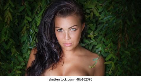 Nude Girls Outdoors
