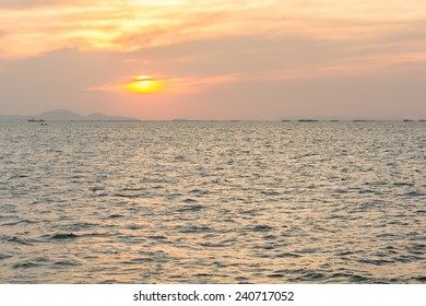 Beautiful nature background sunset over the ocean