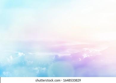 schöne Natur, hellblauer Himmel, Cirrocumulus Cloud, heller Farbfilter-Stil für abstrakten Hintergrund