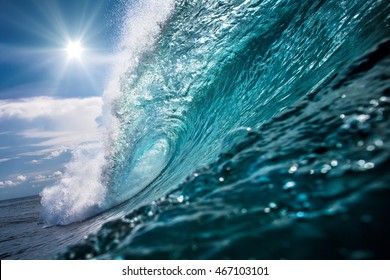 Beautiful Ocean Background Big Shorebreak Wave for Surfing. Hawaiian swell for sport activity. Power and Energy Of Nature