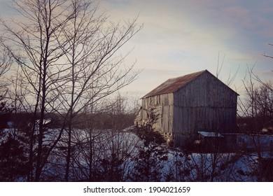 Beautiful old barn outside of Westplain