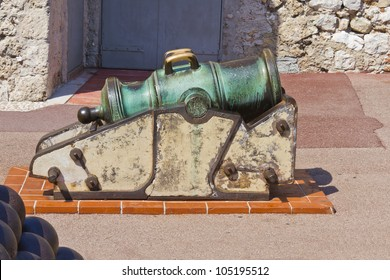 A Beautiful old cannon near Prince's Palace of Monaco. Principality of Monaco is a sovereign city state, located on the French Riviera in Western Europe.
