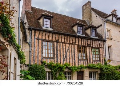 Beautiful Old Stone House in medieval city Senlis. Senlis is a commune in Oise department in northern France.