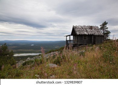 Beautiful old wooden cottage on the top of Levitunturi fell on autumn. This cabin is near of hiking trails and it is very popular place for tourist to take photos in all seasons
