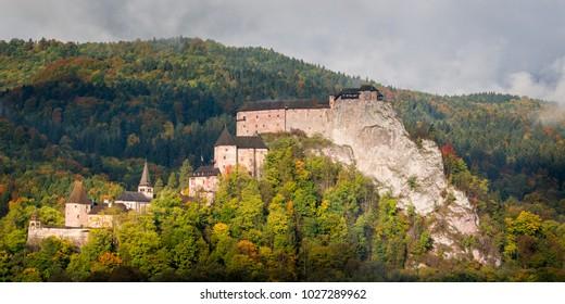 Beautiful panorama of castle Oravsky hrad - Orava castle in Oravsky Podzamok,Slovakia in Fall Autumnr