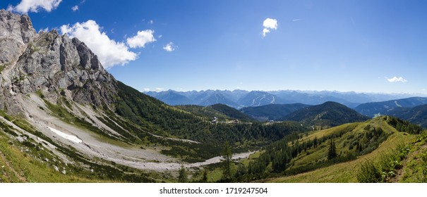 Beautiful panorama of the Dachstein region with skilift, hotels and hiking trails (Ramsau am Dachstein, Austria)