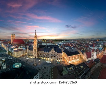 Beautiful panorama of Munich city centre at sunset - Marienplatz, Church of our Lady, Old and New Town Hall