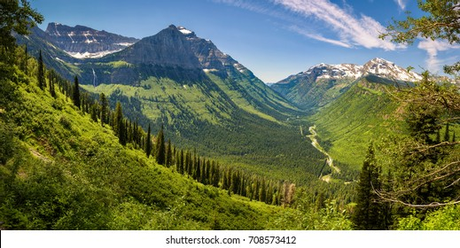 Beautiful panoramic view of Logan Pass from the Going to the Sun Road in Glacier National Park, Montana