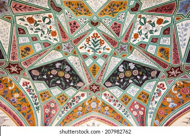 Beautiful pattern on the palace wall, Jaipur, India