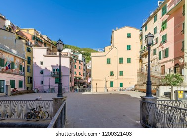 The beautiful Piazza Vignaioli of Riomaggiore, Cinque Terre, Liguria, Italy