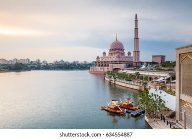 Beautiful pink Putra Mosque at sunset, Putrajaya, Malaysia