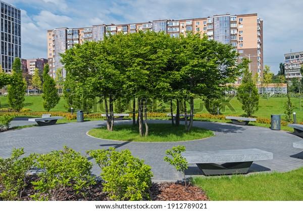 beautiful-place-relax-courtyard-garden-6