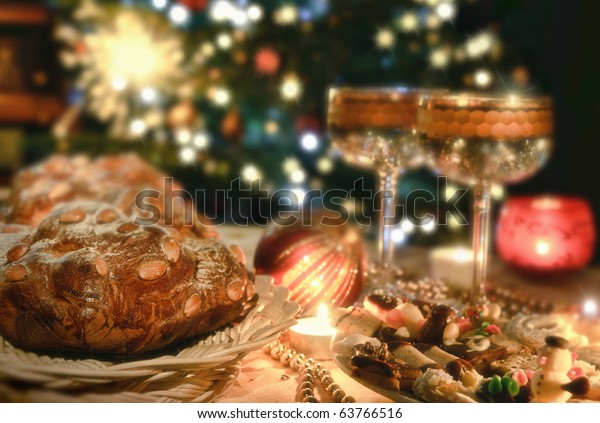 Beautiful place setting for Christmas