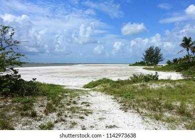 Beautiful quiet Fort Myers Beach, Florida.