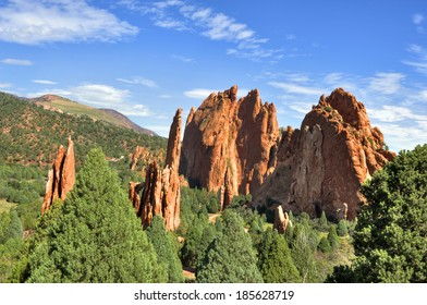 Beautiful red rock formations at Garden Of The Gods in Colorado Springs