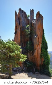 Beautiful red rocks in Corsica