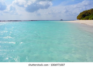 Beautiful relaxing beach in the Maldives with turquoise water