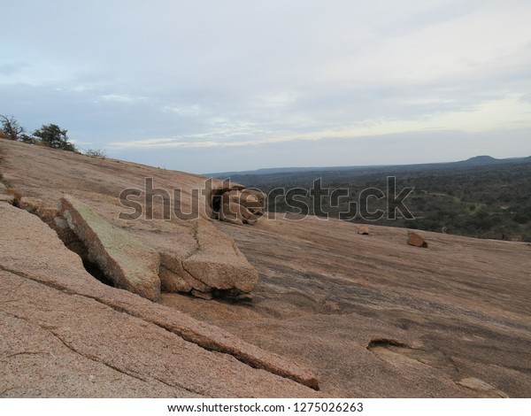 beautiful-rocky-desert-like-landscape-60