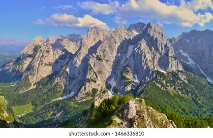 Beautiful rocky mountains, Kaisergebirge, Austria.