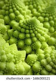 Beautiful romanesco broccoli fractal pattern (macro)