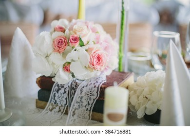 Beautiful romantic style  Wedding Decoration with flowers and books