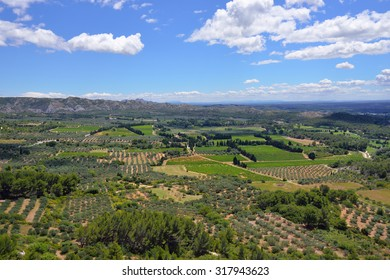 Beautiful rural landscape in luberon, view from Les-baux-de-provence