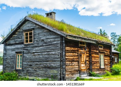 A Beautiful Sami dwelling in northern Sweden located in a small Sami village called Fatmomakke and located along the Wilderness Road